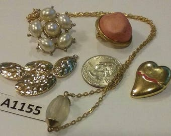 Vintage, Old stock, Jewelry lot, repair, Repurpose, Salvage, lot  A1155