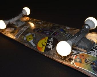 Skateboard lamp / Wall lamp / Wall art / Recycling product