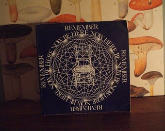 Be Here Now, Lama Foundation 1971; Softcover