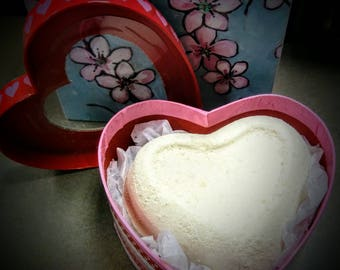 Strawberries & Champagne  Scented Heart Bath Bombs