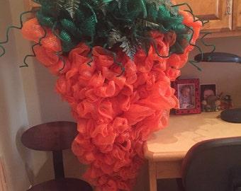 Deco Mesh Carrot Wreath