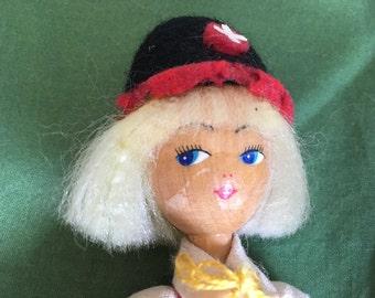 Vintage 8- 1/2 Inch Swsis Wood Doll