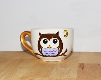 Coffee with OWL and anse Cup gold, owl with gold handle mug.