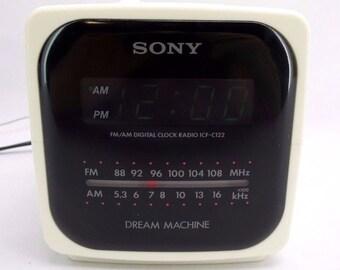 Vintage Sony Dream Machine ICF-C122 Digital Alarm Clock Radio FM/AM 1990s