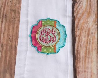 monogrammed burp cloth, baby shower gift, monogrammed baby shower gift, personalized burp cloth, embrodiered burp cloth