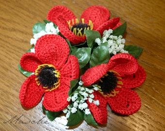 Crochet flower candle ring poppy/Klatschrose. Red