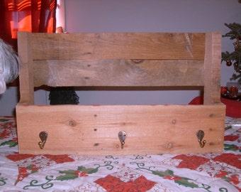 Pallet Wall Shelf Organizer (Large/3 Hooks)