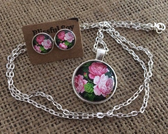 Silver Floral Necklace with matching Earrings