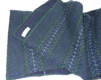 Vintage wool Scarf, Women's Scarf, Men's Scarf,  Green Scarf, Vintage Men's Scarf, Vintage Scarves, Patterned scarf