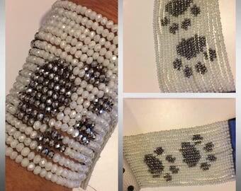 "Bracelet ""Paws"" Alabaster color crystals and silver"