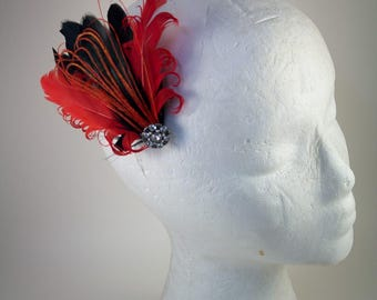 Feather hair clip, Feather Fascinator, red hat lady, red, bride, bridal, prom
