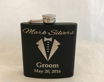 Groomsman Flasks -  Personalized Flask - Custom Flask - Wedding Party Gift - Personalized Groomsman Gift - Groomsmen Gift - Custom Flasks