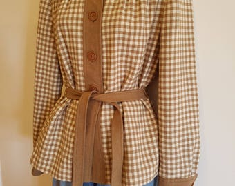 Size 12 Retro Checked Camel and White Wool Jacket