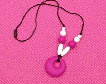 SALE ~ necklace. MOM