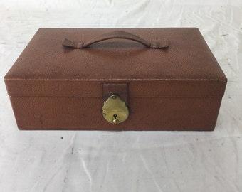 1920s tan textured leather ladies jewellery box