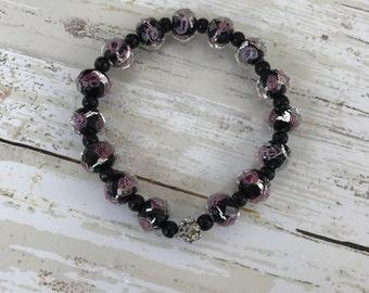 Black and pink rose beaded bracelet