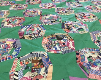 Queen sized, Green, hand tied quilt