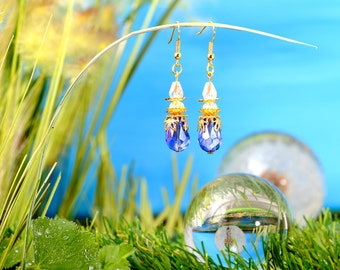Fairies Dewdrops - earrings / / polished glass beads, faceted beads / drops / blue / clear / gold / lovely / fantasy