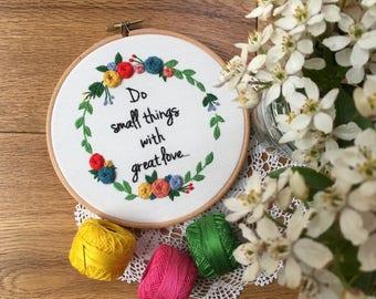 Embroidery hoop,Embroidery art,Hand embroidery,Floral embroidery,Embroidery hoop art,Modern embroidery,Birthday gift,Home decor