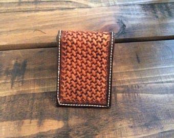 Front pocket money clip wallet