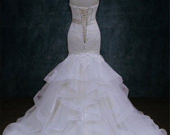 Wedding dress, Mermaid Trumpet Silhouette, Horsehair, Shimmer Tulle, 3D Beaded Lace, Sweetheart Neckline,