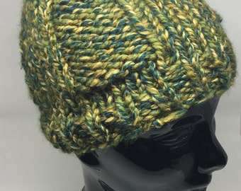 Camo green chunky knit winter hat
