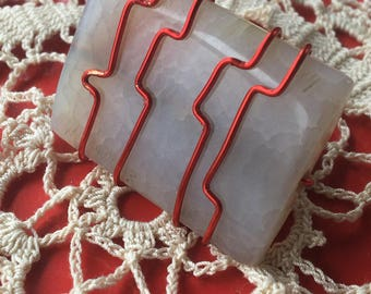ring wire wrapping agate iridescent aqua with red thread
