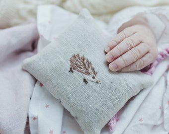 Organic Lavender Sachet, Linen Sachet for Babies, Baby Shower Gift, Hand Stitched Embroidery, Made to Order