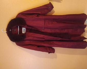 Comet Overcoat RARE! Opossum Collar and Rabbit Sherling liner Size Medium 40 Made in the USA