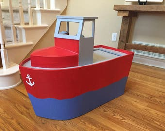 toy box boat