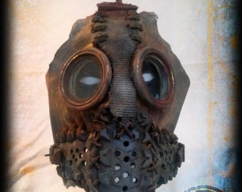 Post apocalyptic mask - wasteland survivor - rusty style