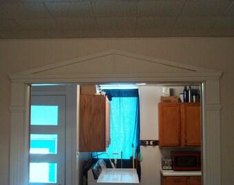 Doorway Trim Kit with Pediment (Aedicule)