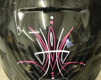 Custom pinstripping - all done by hand on a brand new Harley Davidson half shell helmet