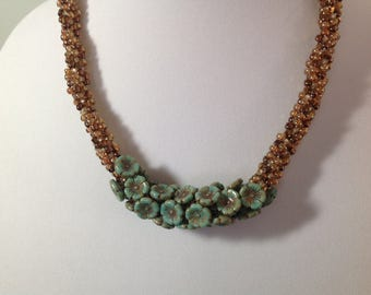 Kumihimo Beaded Necklace/Gold and Green