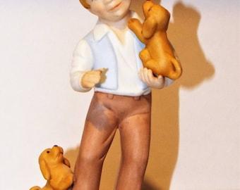 """VINTAGE Excusively Avon """"Best Friends"""" Porcelain Figurine. 1981 Avon Figurine."""