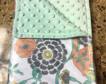 Girl blanket with pastel flowers