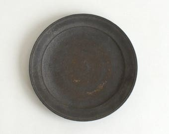 Plate 7 in (Black Matte Glaze), Made to Order in 2 months ; Yamato Kobayashi (16006102-6B)