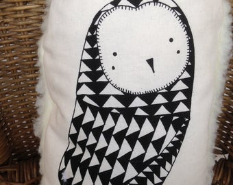 Cushion OWL pattern