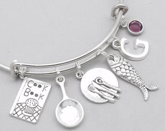 Cooking theme charm bracelet | cooking bracelet | chef bracelet | chef gift | personalsied cook bracelet | cooking gift | initial letter
