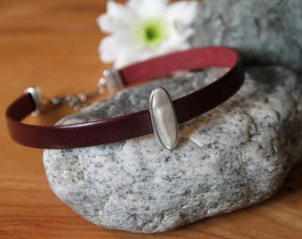 Leather Choker with Oval Pendant