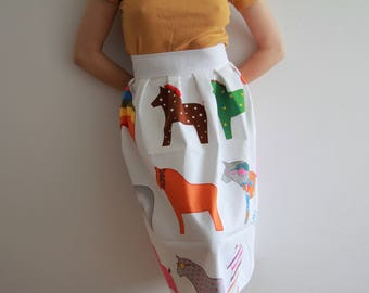 Horse pattern skirt, as seen on Skins season 1 by Cassie
