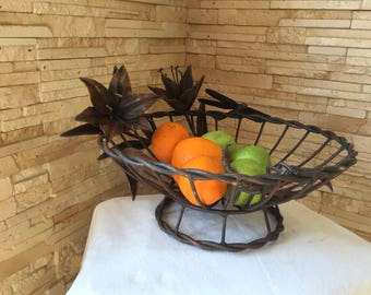Fruit plate, metal fruit bowl, veggie tray, vegetable tray, fruit tray, fruit holder,kitchen basket,eggs basket, picnic, BBQ, lily, scorpion