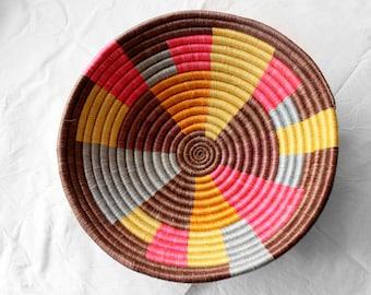 KARA pink-dressmakers shell from Rwanda