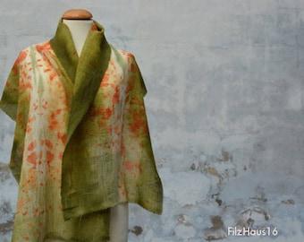 Airy lightweight wool scarf, shawl, blue, eco-print handmade from the FilzHaus16 beige Green