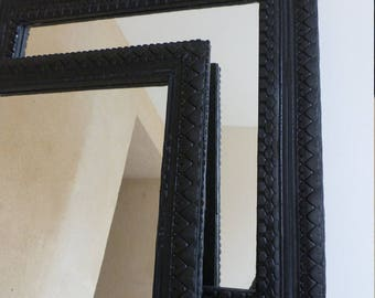 Mirror with frame in recycled tire