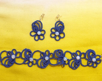 Flower set of a tatted bracelet and earrings