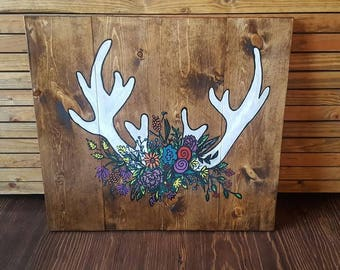 antlers and flowers, antler art, country decor, rustic wood art, western art, hand painted, cowgirl decor, rustic wood sign