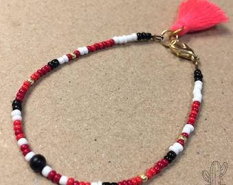 Tassel Pompon Seed beads Bracelet FriendshipBracelet Fluro pink tassel fluo BeadedBracelet Kid and Woman Red Black Gold Gift Feminin Girl