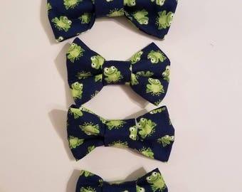 Frog Pond dog bow tie