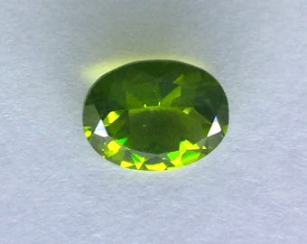 Natural 1.60 CT Oval Chinese Peridot Gemstone 9x7mm (P2V137)2